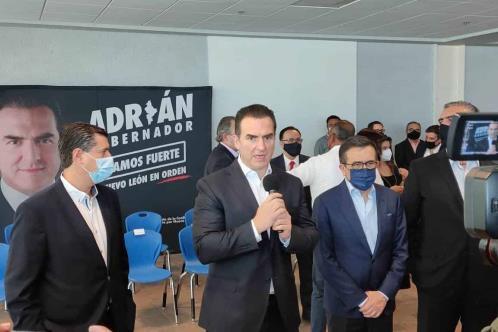 Instala Adrián Consejo de Desarrollo Económico