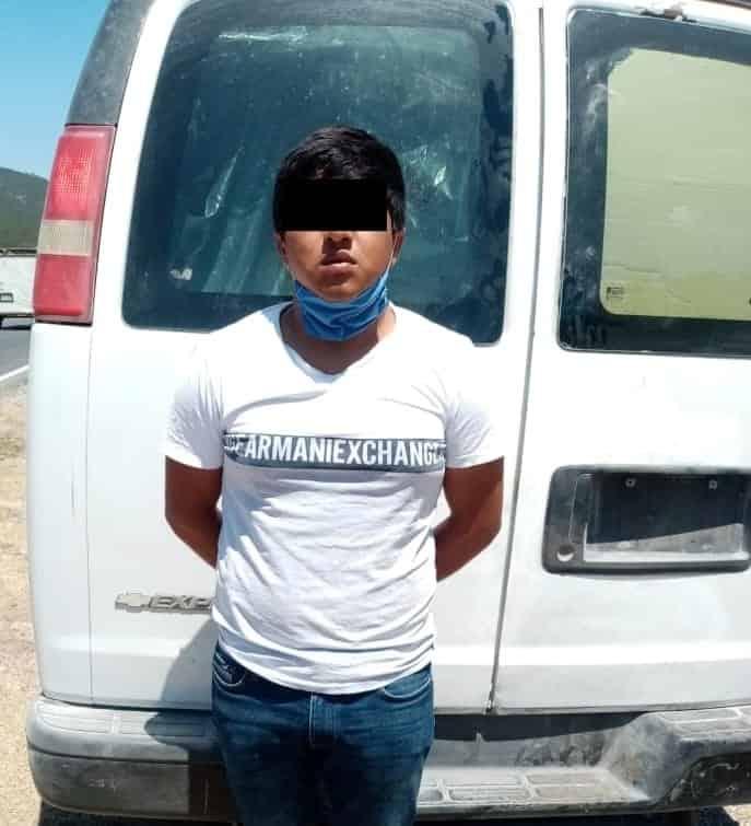 Un grupo de 33 indocumentados centroamericanos fueron interceptados el domingo en el municipio de Galeana, además se detuvo al pollero
