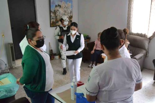 Se vacunan 78 mil en Monterrey y 70 mil en Guadalupe