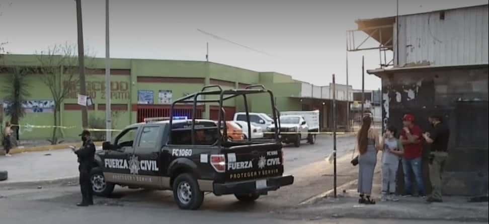 Los jóvenes fueron atacados a balazos, dejando un saldo de un muerto y un herido grave