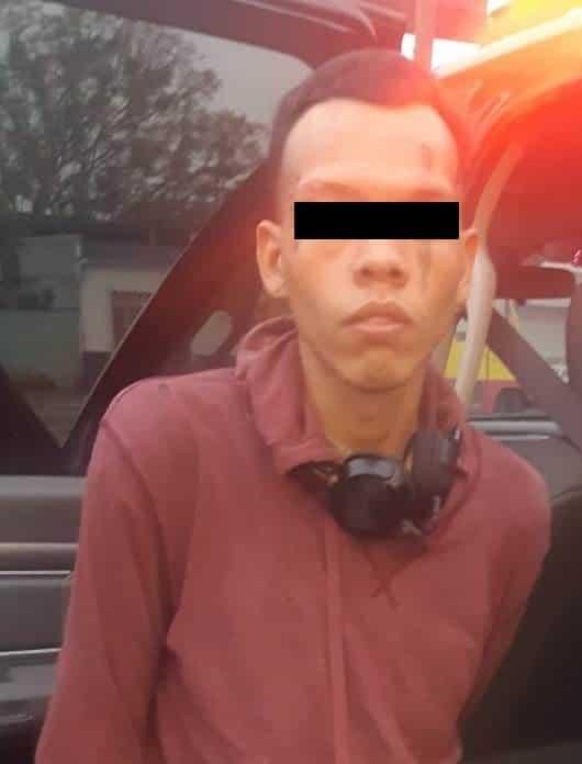 Detenido después de cometer al menos dos robos tipo cristalazo y un asalto a una tienda de conveniencia
