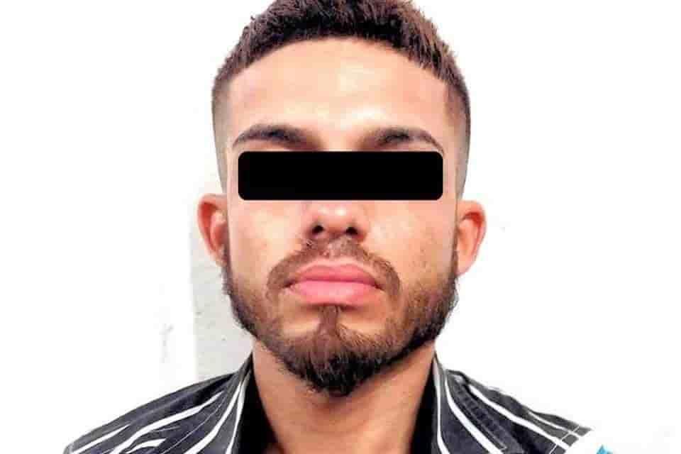Lograron la detención de un narcodistribuidor, que además de droga, portaba una sub ametralladora Uzi