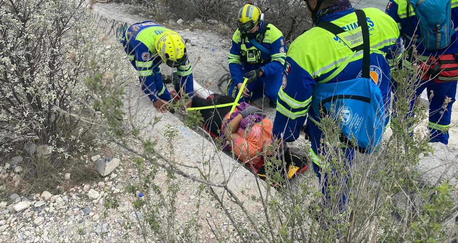 Con una lesión en un tobillo resultó una excursionista al ir bajando del Parque Ecológico La Huasteca