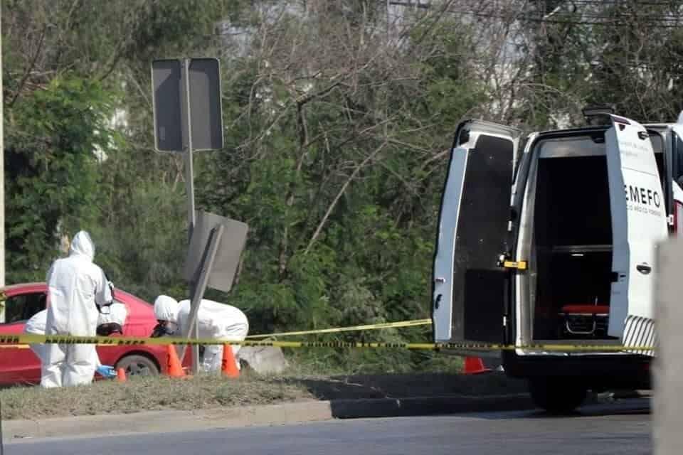 Un hombre que viajaba como acompañante en una motocicleta, perdió la vida, al caer del vehículo en marcha