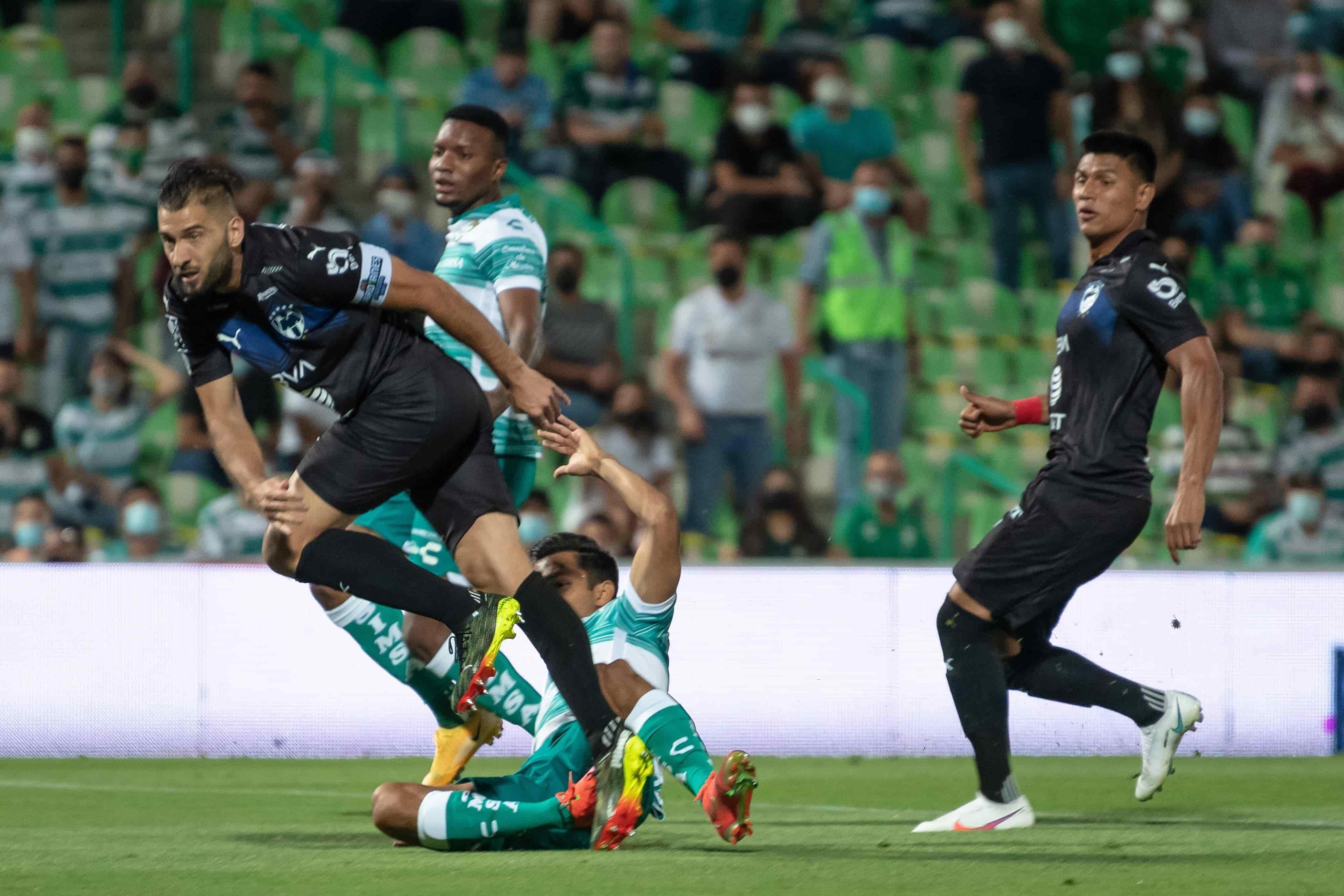 Santos 2-1 a Rayados
