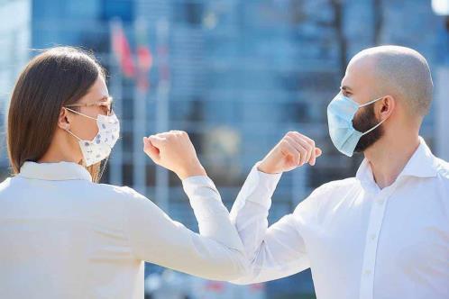 Si me vacuno contra el COVID, ¿aún debo usar cubrebocas?