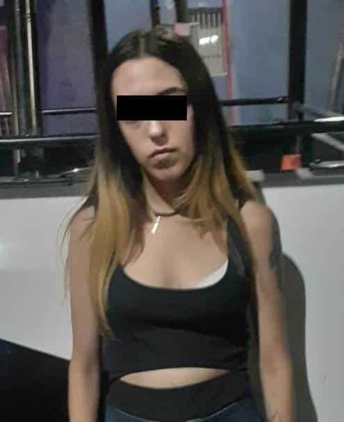 Cuatro personas, dos de ellas mujeres, fueron arrestadas por realizar pintas