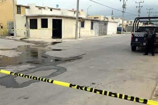 Después de ser baleado, un hombre decidió levantarse y retirarse del lugar antes de la llegada de paramédicos