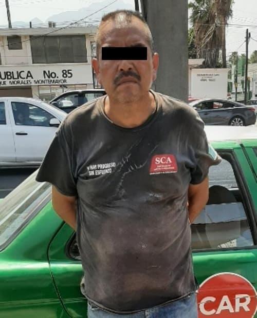 Conducía un taxi con reporte de robo