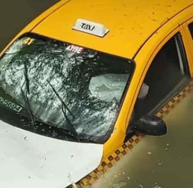 Ubicaron el vehículo robado, sumergido en un rio