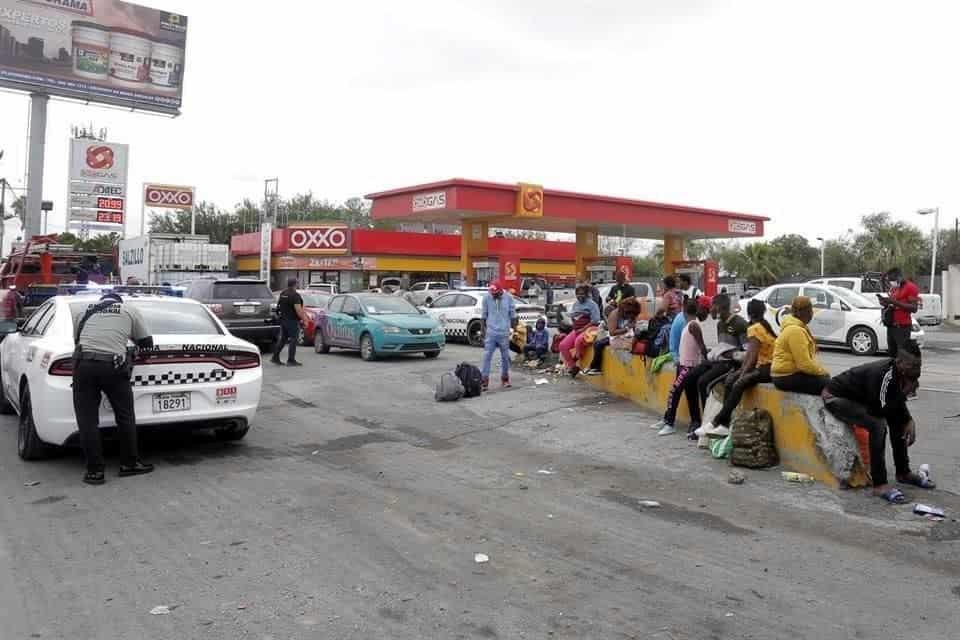 40 haitianos que se trasladaban a la frontera de Tamaulipas, chocaron el autobús en que iban