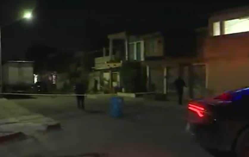 Con al menos dos impactos de bala resultó una persona luego de ser agredido frente a su domicilio