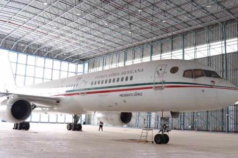 Subastan antiguo avión Presidencial