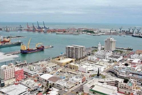 INAH insta a detener construcción en Puerto de Veracruz