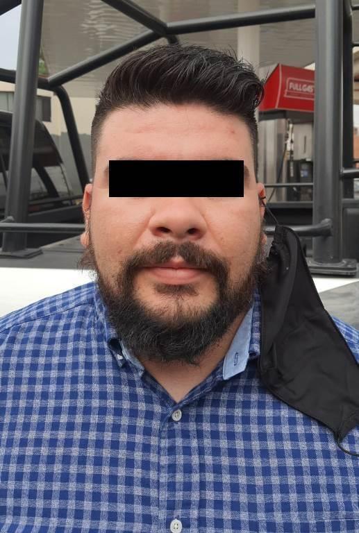 Viajaba a bordo de un vehículo con reportado como robado y utilizado en el robo de aparatos eléctricos de una casa habitación,
