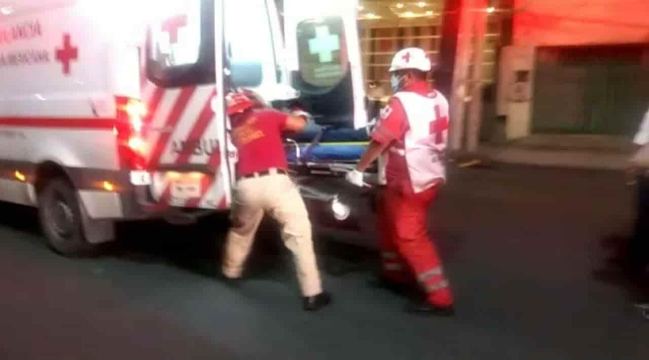 La mujer resultó gravemente lesionada al ser atropellada por un automovilista