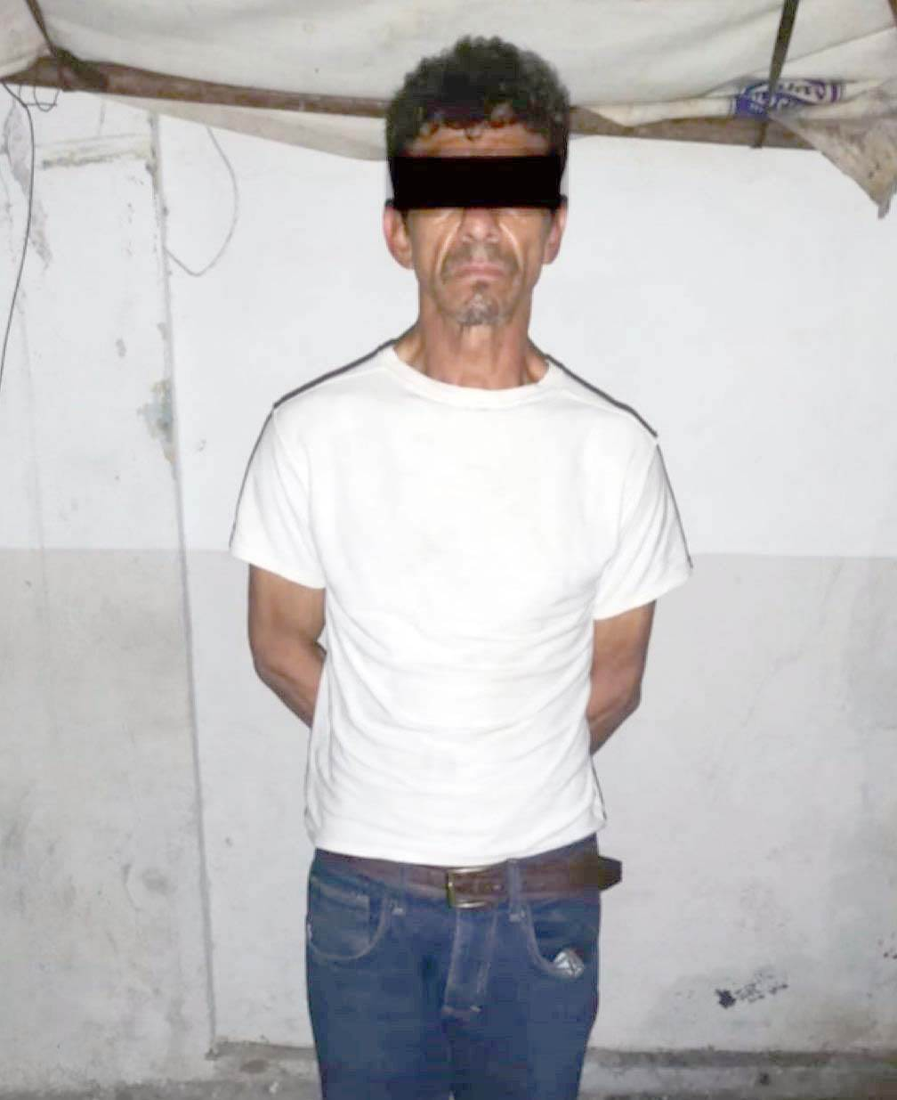 Detenido después de intentar agredir con un arma blanca a su hermana