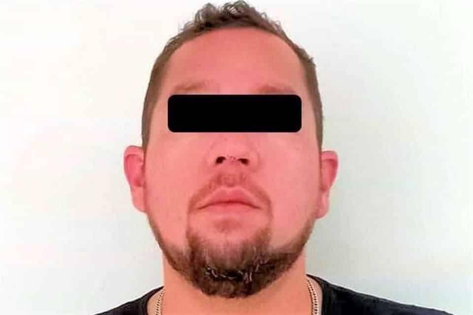 Lograron la detención de un hombre que amenazó a su esposa con un arma de fuego en el interior de una vivienda
