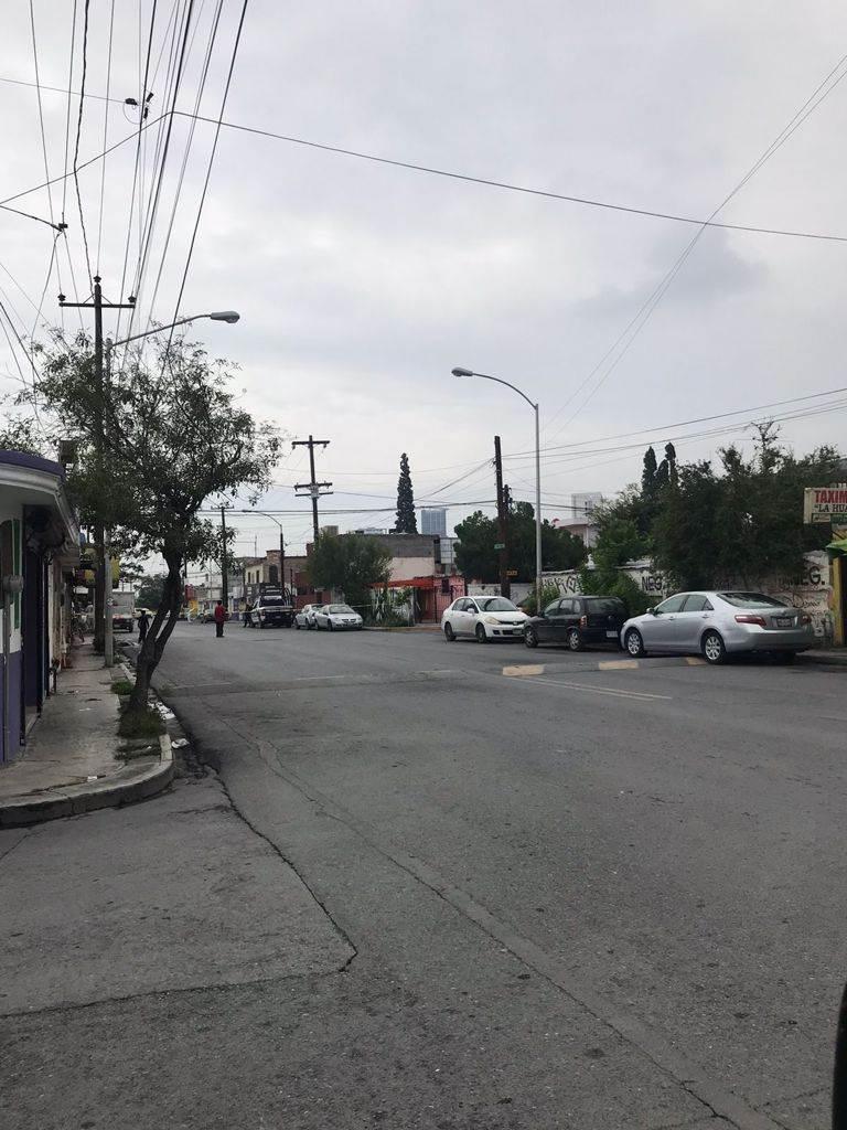 Un hombre fue ejecutado dentro de su vehículo en el que estaba estacionado