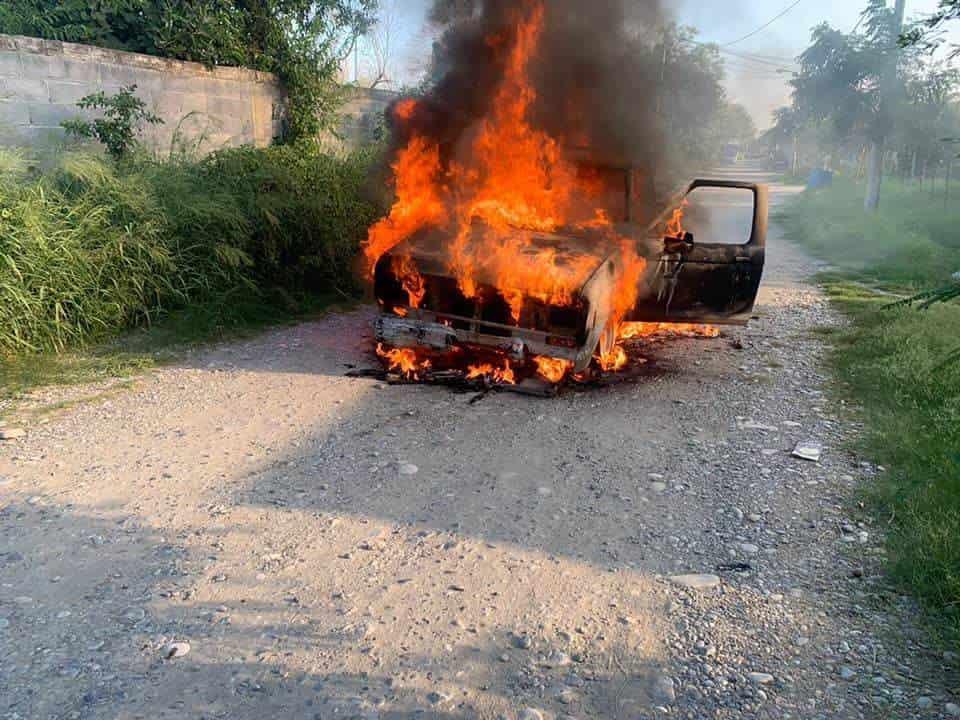 La falta de mantenimiento ocasionó que se incendiara una camioneta