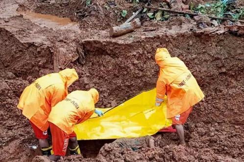 Fuertes lluvias en India dejan 129 muertos
