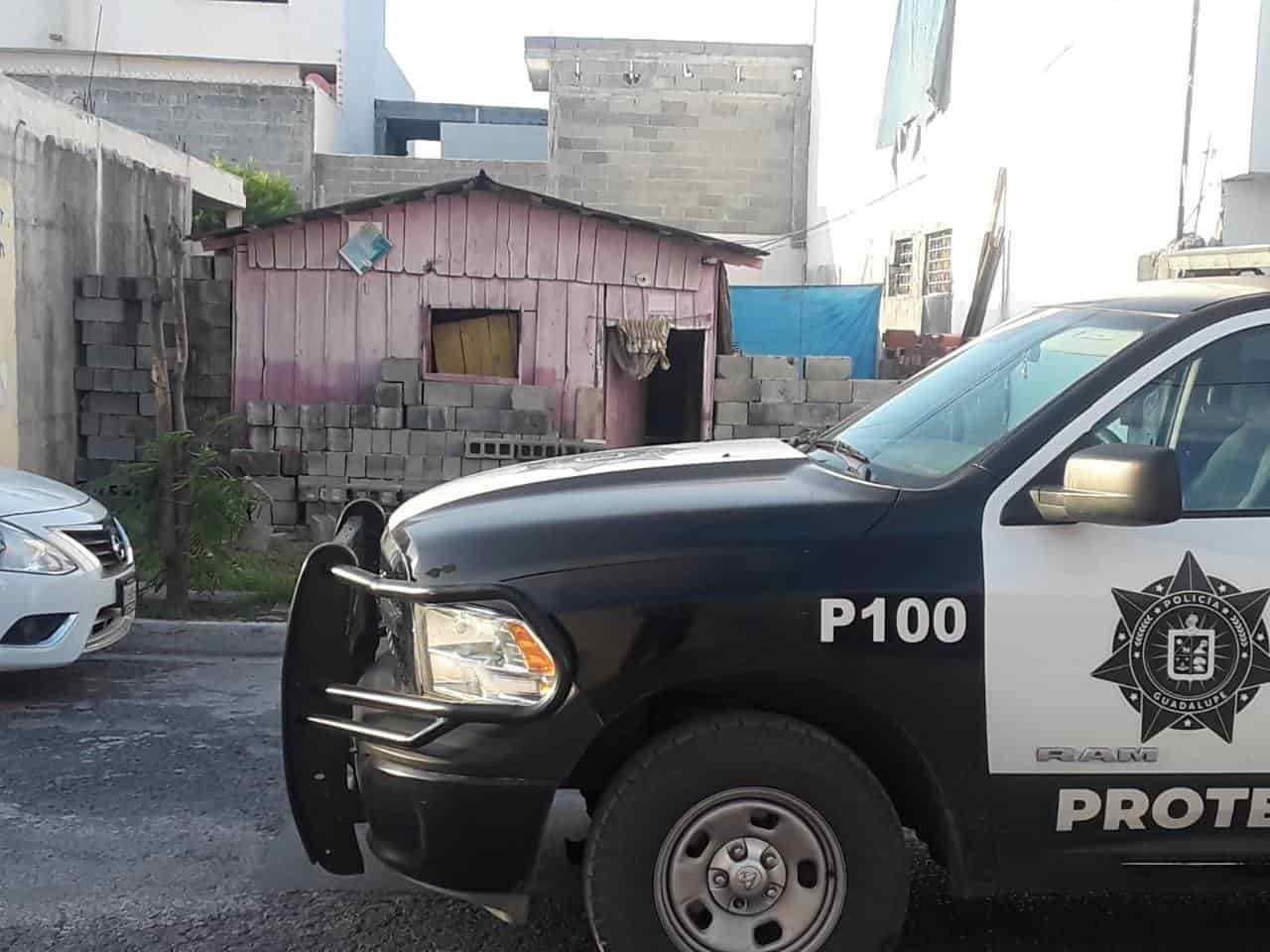 Dos vecinos discutieron, uno de ellos molesto entró a su domicilio y sacó un machete con el cual hirió a su rival