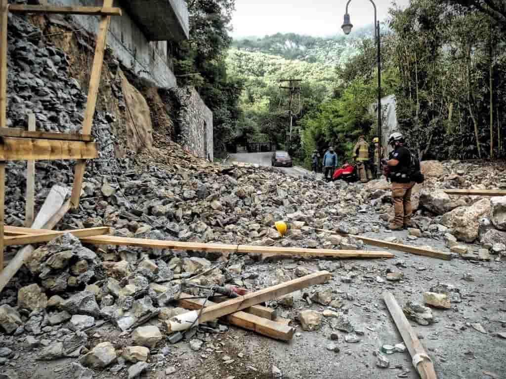 El derrumbe de un muro en San Pedro, dejó a dos trabajadores lesionados