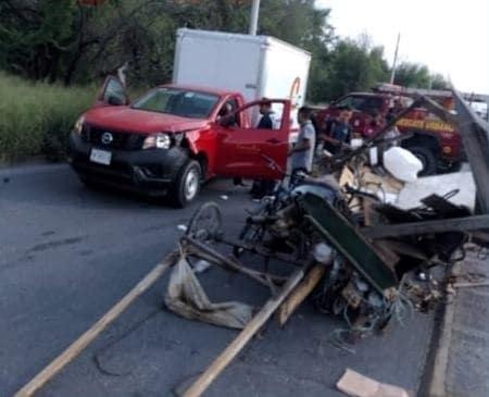 El carretonero terminó con diversas lesiones, después de ser impactado su vehículo de tracción animal, por una camioneta