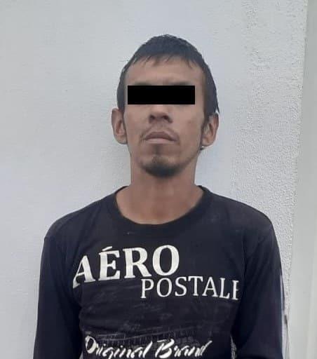 Arrestado en el momento en que salía de una carnicería a la que entró a robar