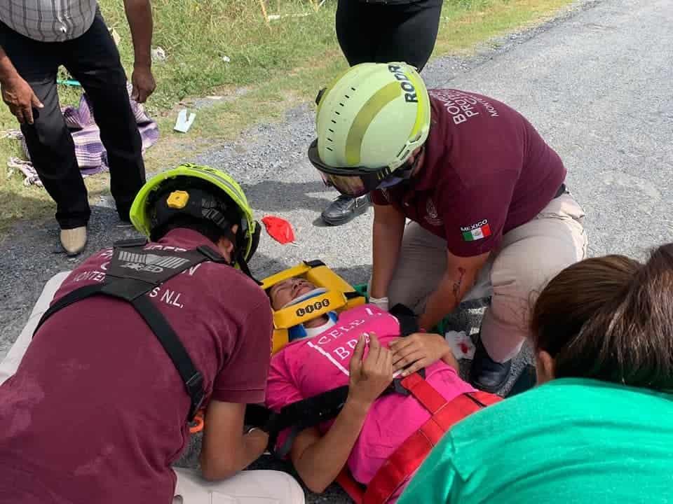 Una pareja terminó con lesiones de consideración al derrapar la motocicleta en que viajaba
