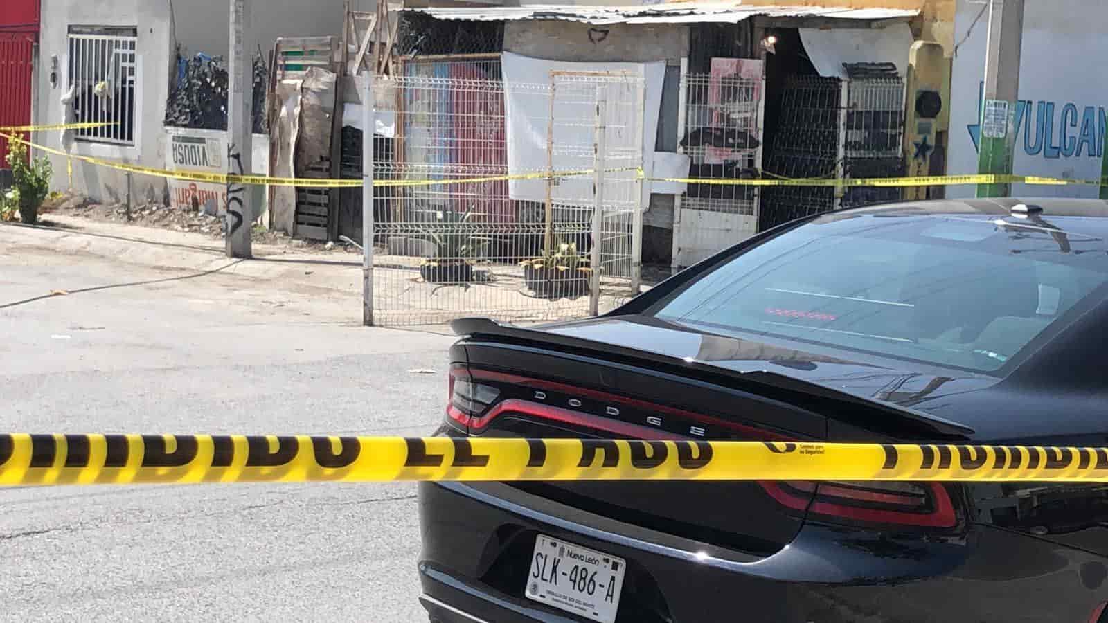 El cadáver de un hombre privado de la vida presuntamente a tubazos, fue encontrado ayer en una vulcanizadora