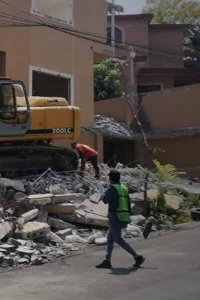 El nuevo propietario de la residencia Peña-Coss, decidió demolerla por completo
