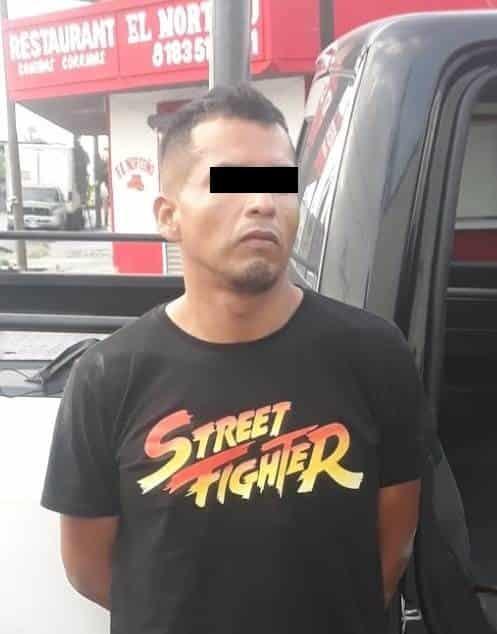 Detenido después de ser sorprendido retirando el catalizador de una camioneta