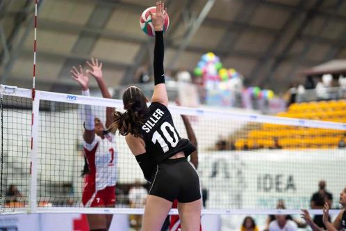 Rinde frutos su pasión por el voleibol