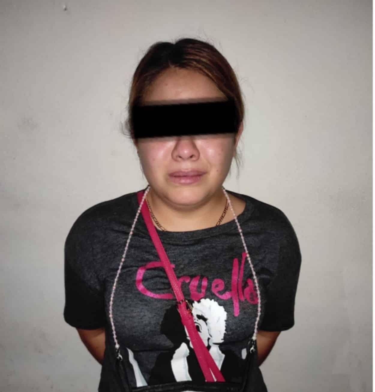 Dos mujeres y tres hombres que violaron los sellos de un domicilio asegurado por la Fiscalía General de Justicia por actividades de narco menudeo