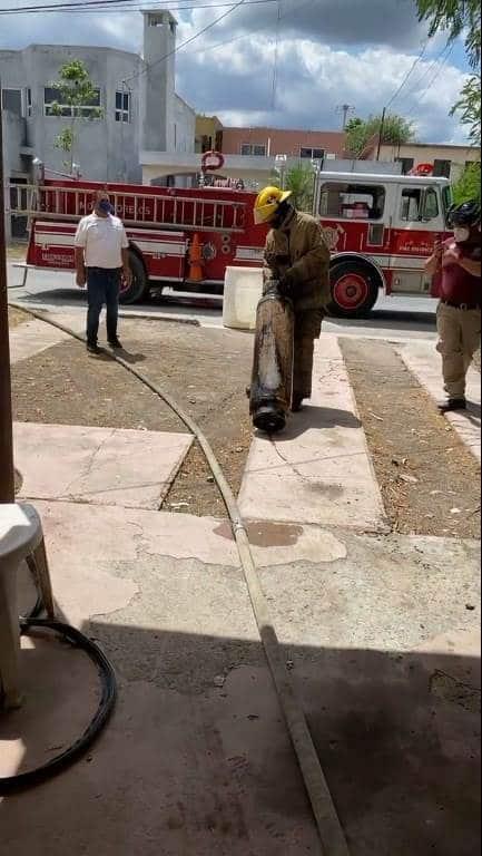 al reportarse un flamazo en una vivienda en Montemorelos