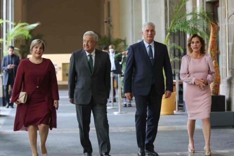 Presidente de Cuba acusa campaña de odio y desinformación