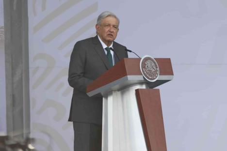 AMLO llama a EU a levantar el bloqueo económico contra Cuba
