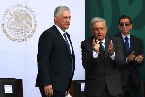 Prensa de Cuba recuerda a Castro en visita de Díaz-Canel
