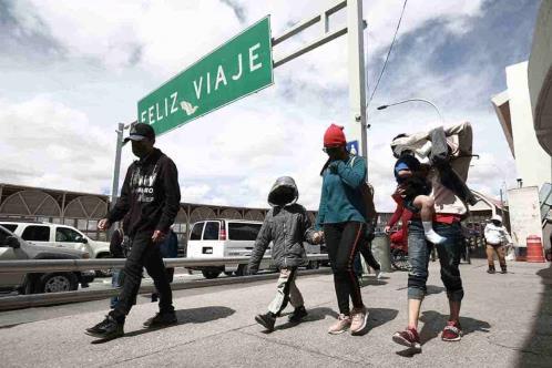 Frontera México-EU permanece cerrada por la variante Delta