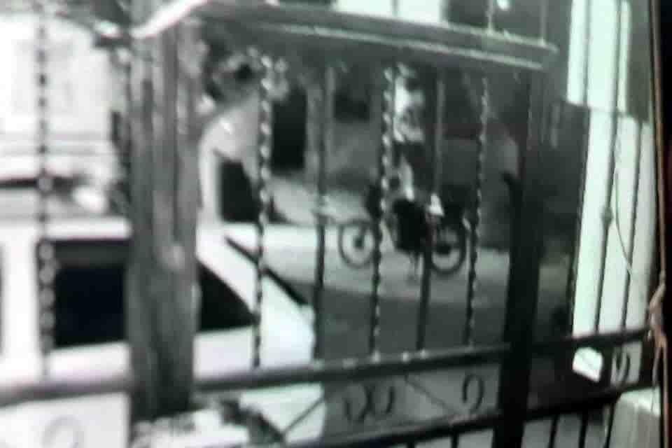 Elementos de la AEI, buscan a un vicioso que raptó a un menor en una vivienda