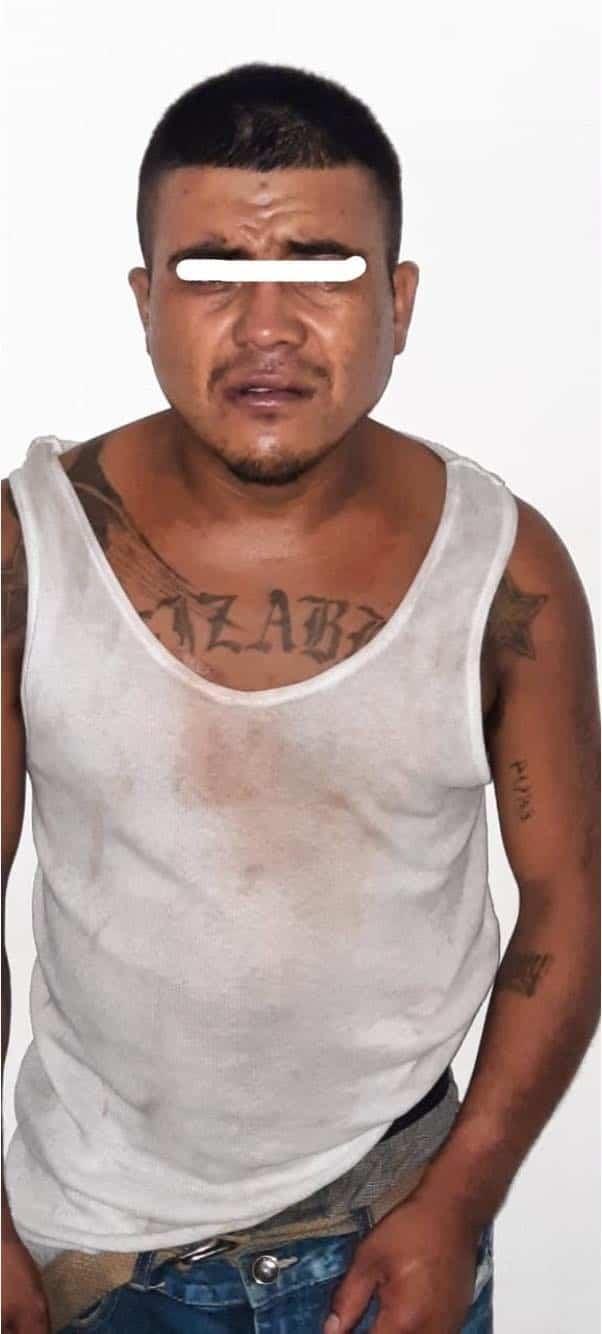 Detuvieron a un hombre que robo dos cajas de refrescos de un camión repartidor