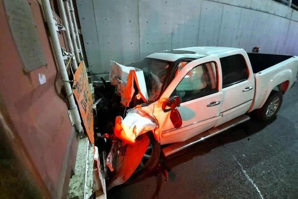 Conducía estando bajo los efectos de las bebidas alcohólicas, y sufrió diversas lesiones