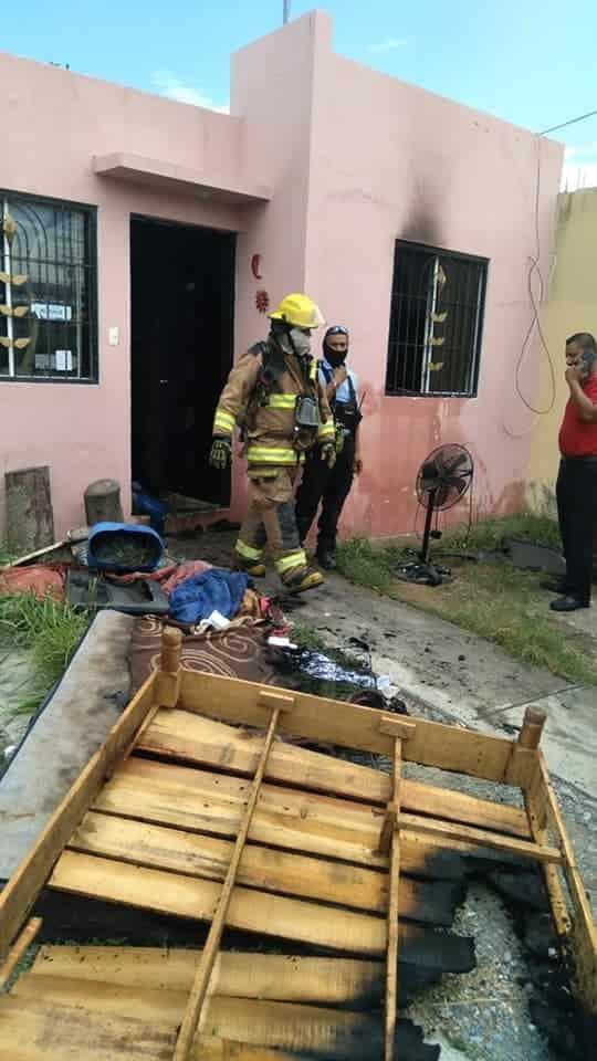 Al parecer un corto circuito provocó un incendio en la vivienda
