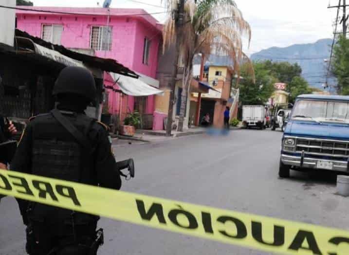 Investigan la muerte de un hombre, quien fue encontrado sin vida ayer en calles de la Colonia Sierra Ventana