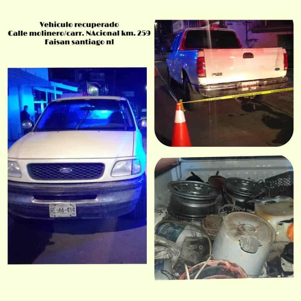 Un vehículo con reporte de robo y utilizado en el asalto a una gasolinera, fue recuperado