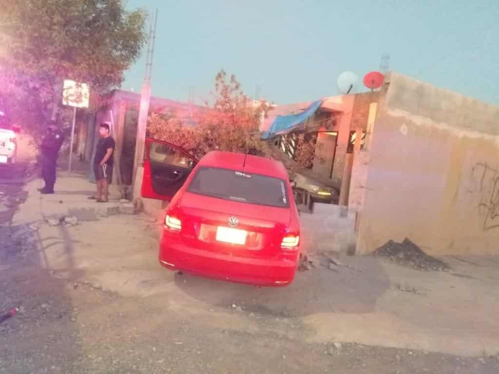Un taxista de un sistema de plataforma digital, terminó con diversas lesiones, después de ser atacado con un arma blanca, por dos delincuentes