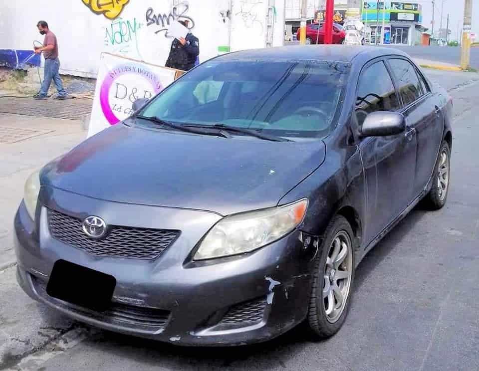 Localizaron un automóvil con reporte de que fue presuntamente usado en un secuestro